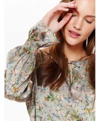Bluza gri cu print flori...