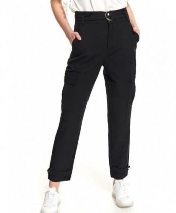 Pantaloni negri cu buzunare...